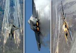 the world s best allround fighter jet from us f 22 raptor