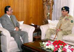 zardari gets in talking mode with military to defuse