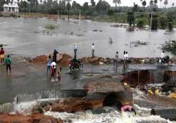 ap rain fury toll mounts to 42 over 96 506 evacuated