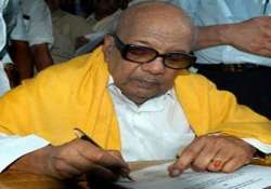cong yet to approach dmk on resolving stalemate karuna