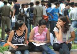 delhi university approves syllabus for new courses