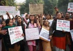 gangrape protests shift to jantar mantar