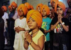 wear turban to look handsome increase height sgpc to sikh