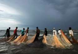 coast guard captures six pakistani fishermen near jamnagar- India Tv