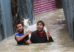 20 killed in kashmir s worst floods in 50 years