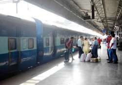 railways modifies identity proof rules for tatkal travellers