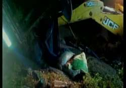 19 feared dead as lorry overturns in andhra s east godavari