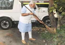 delhi govt to work with industrial bodies for swachh bharat