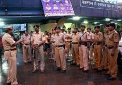 houses for 9 000 maharashtra policemen soon after retirement