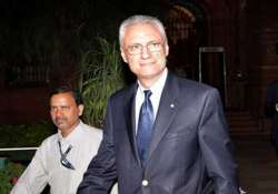 italian envoy free to leave india