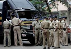 mumbai police to start helpline to nail corrupt cops
