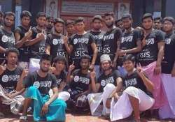 two arrested in tn over group photo in isis t shirts