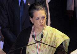 fully committed to the cause of lankan tamils sonia