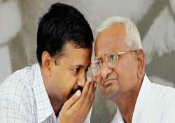 police tapping team anna s phones kejriwal