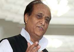 would have led mobs to demolish taj mahal azam khan
