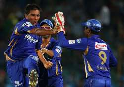 clt20 royals tame lions by 30 runs win 10th straight game