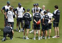 england s dilemma...persist with anderson stuart or new
