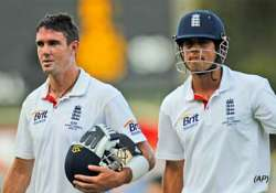 commanding cook as england squeeze aussies dry