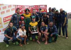 aus vs sa south africa beats australia to win tri series