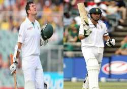 smith de villiers takes south africa to 460 4 on day 2