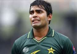 umar akmal joins sydney sixers in bbl
