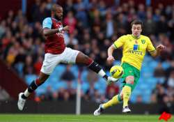 aston villa rallies to beat norwich 3 2