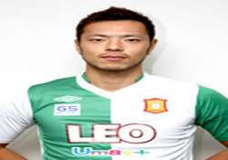 dempo to sign japanese defender shinnosuke honda