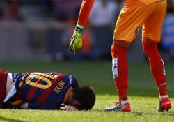 lionel messi out 7 8 weeks with knee ligament damage