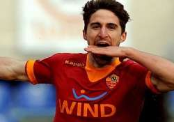 liverpool agree on fee for borini from roma