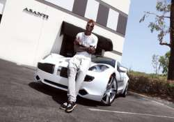 top soccer players and their latest luxury cars