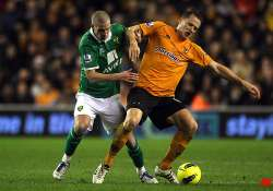 wolves equalizes twice to draw 2 2 with norwich