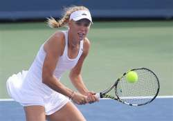 caroline wozniacki comes back for win at connecticut open