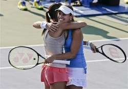 us open martina hingis returns to doubles final by