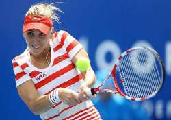 vesnina wins first wta title in hobart