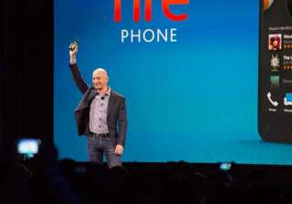 amazon unveils fire phone with 3d graphics and...