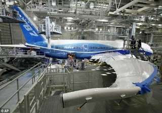 cracks to delay delivery of 14th dreamliner to...