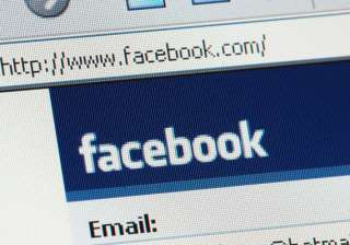 facebook to test mobile payments service - India...