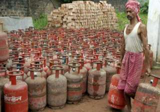 fuel lpg price hike unavoidable says pm - India TV