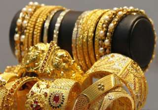 gold silver extend gains on stockists buying...