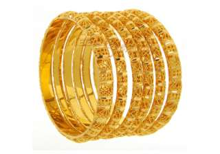 gold sets new record of rs 30 400 on strong...