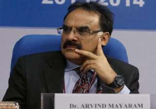 government will meet fiscal deficit target...