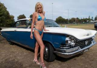 hot girls and classic cars part i - India TV