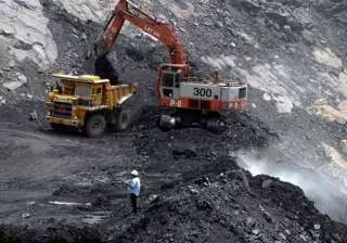 coal india misses output target by 3 - India TV