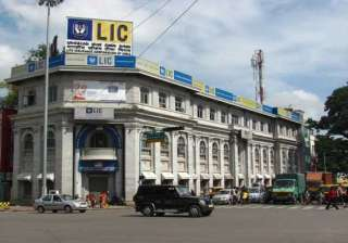 lic invests rs 35 293 cr in 9 months of fy14 -...