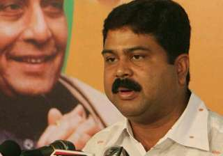 no price hike for domestic lpg cylinders pradhan...