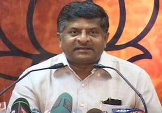 prasad alerts officials on vodafone issue - India...