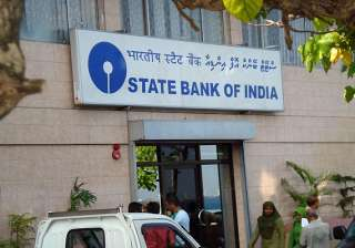 sbi cuts fixed deposit rates by up to 1 per cent...