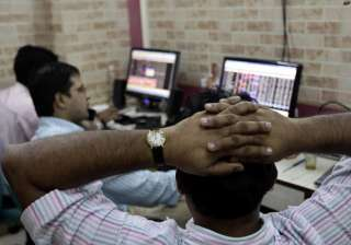 sensex rebounds up 330 points on buying in ril...