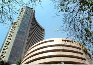 top 8 bluechip cos lose rs 43 430 cr in market...