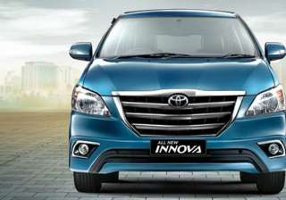 toyota innova facelift launched at rs 12.45 lakh...